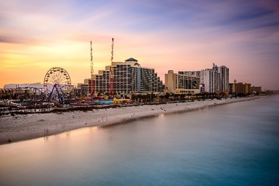 Inexpensive Summer Fun in Daytona Beach