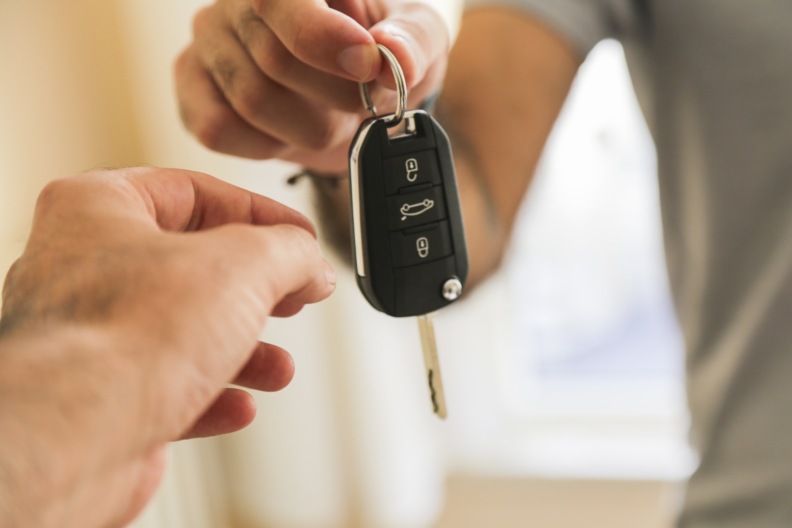 Major Benefits of Auto Pawn Loans