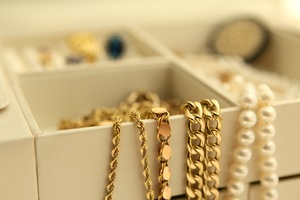 Cash for Gold Deltona: 5 Items You May Not Know Have Value